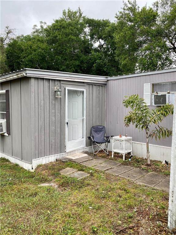 2. Mobile Homes for Sale at 9843 LAKE DRIVE New Port Richey, Florida 34654 United States