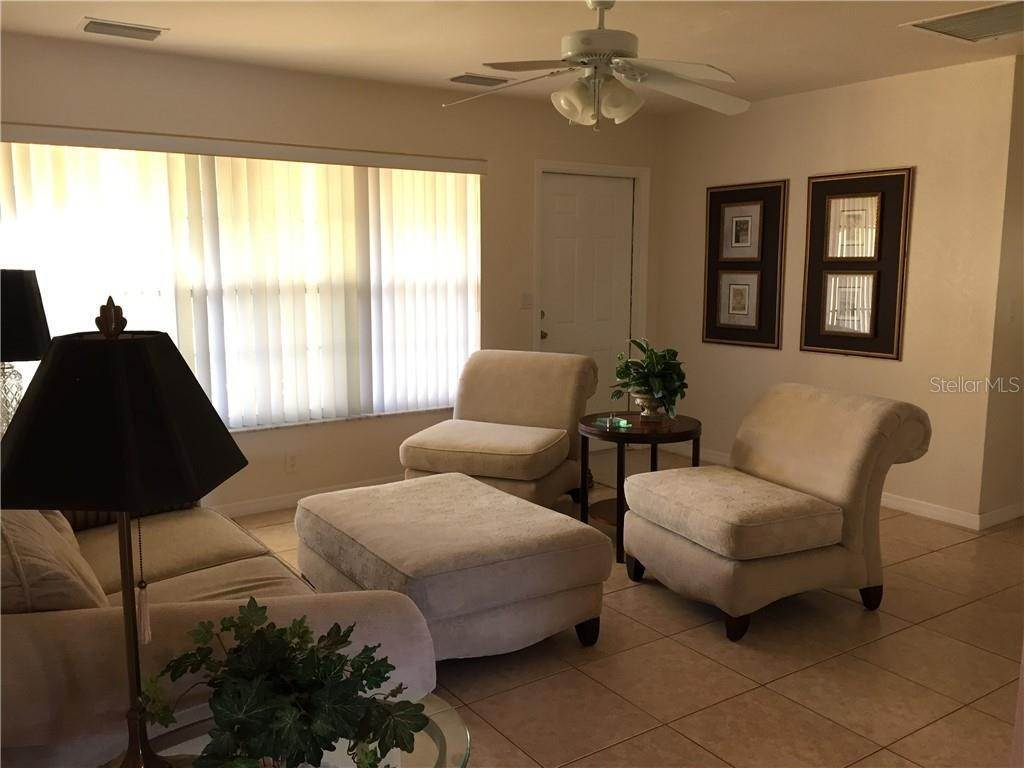 6. Single Family Homes for Sale at 4390 MUNDELLA CIRCLE Port Charlotte, Florida 33948 United States