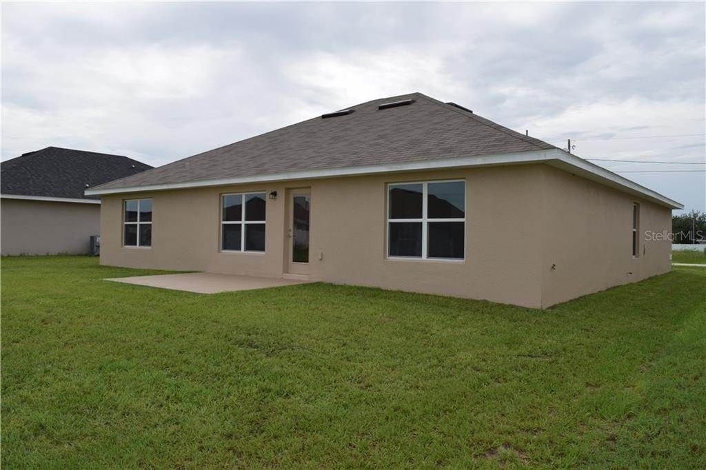 13. Single Family Homes for Sale at 456 ATHABASCA COURT Poinciana, Florida 34759 United States