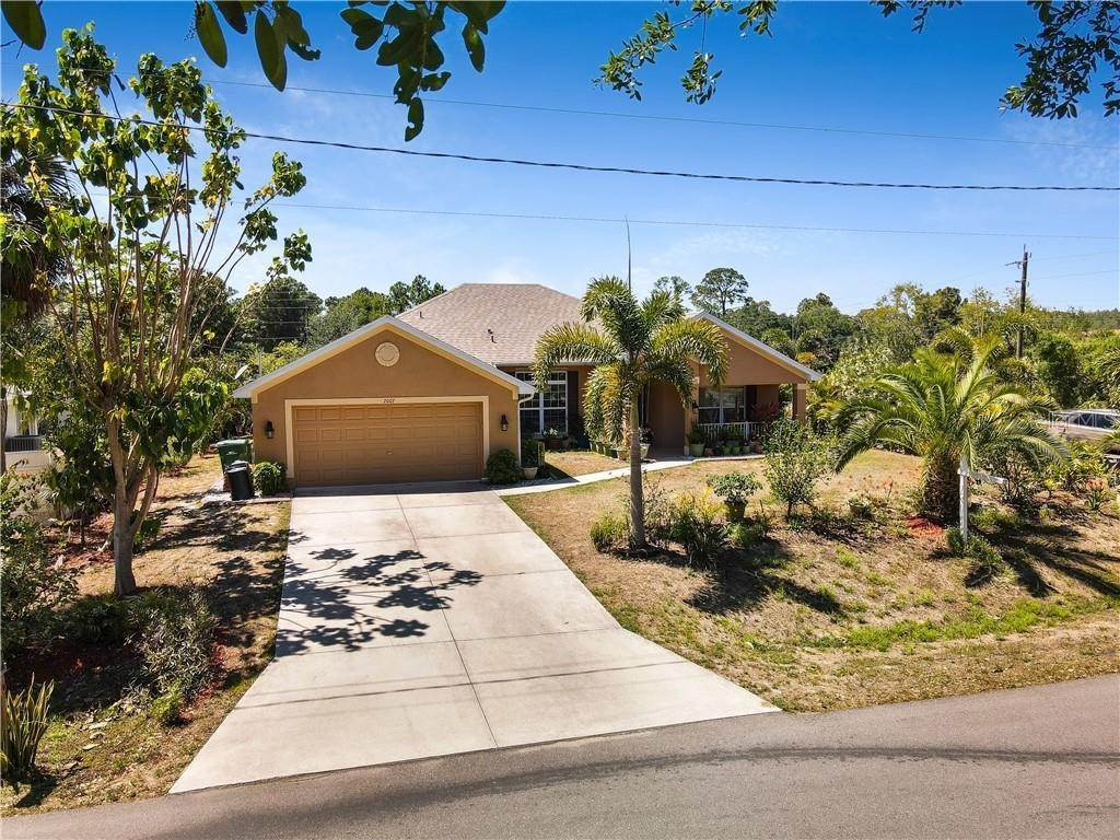 4. Single Family Homes for Sale at 2007 BENDWAY DRIVE Port Charlotte, Florida 33948 United States