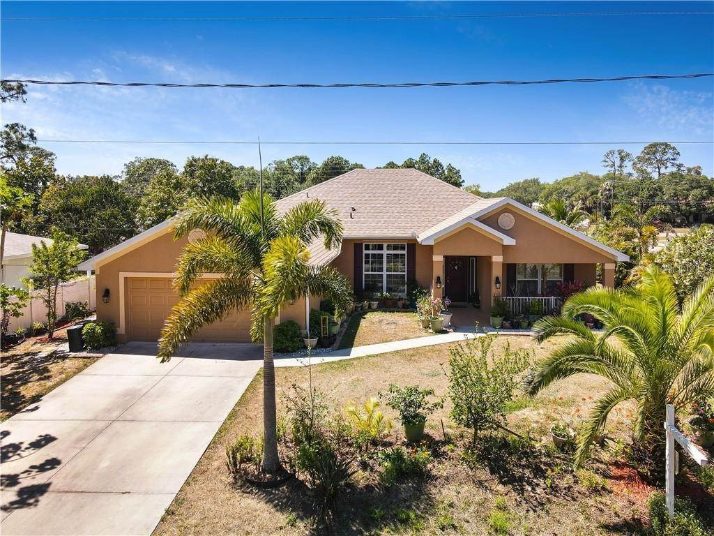 6. Single Family Homes for Sale at 2007 BENDWAY DRIVE Port Charlotte, Florida 33948 United States