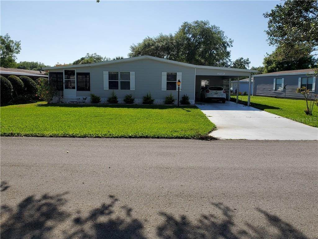 Manufactured Home for Sale at 25109 BARROW HILL Leesburg, Florida 34748 United States