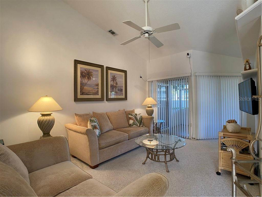 16. Condominiums for Sale at 602 TYSON TERRACE 2 Venice, Florida 34285 United States