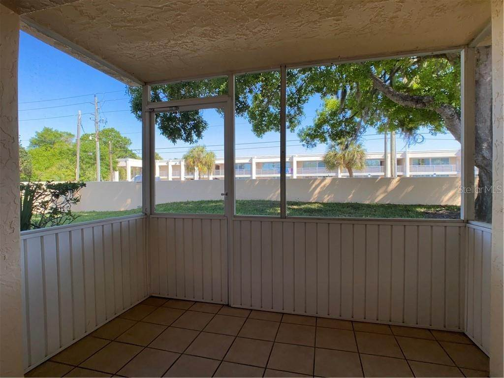 19. Condominiums for Sale at 602 TYSON TERRACE 2 Venice, Florida 34285 United States