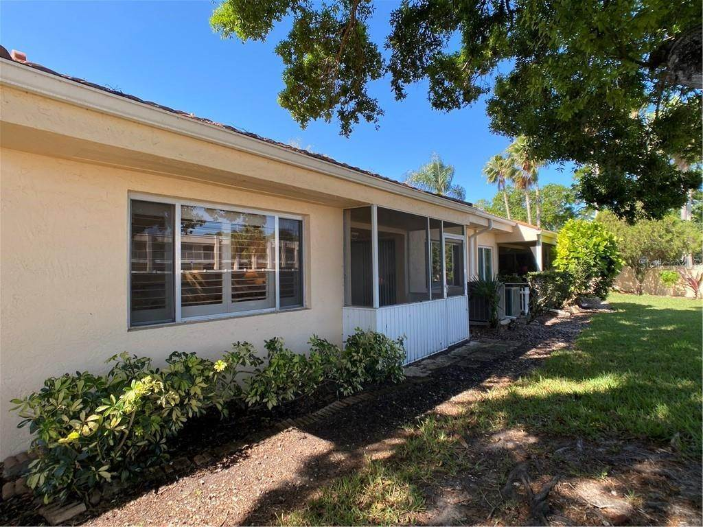 20. Condominiums for Sale at 602 TYSON TERRACE 2 Venice, Florida 34285 United States