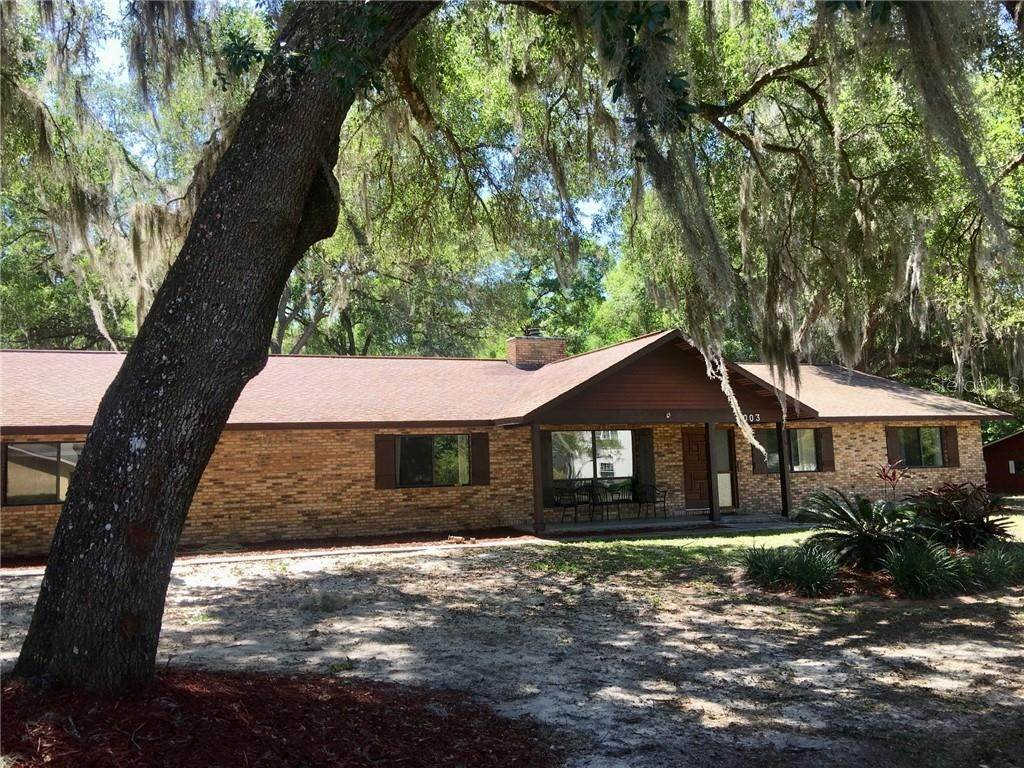 20. Single Family Homes for Sale at 1003 HILLTOP STREET Fruitland Park, Florida 34731 United States
