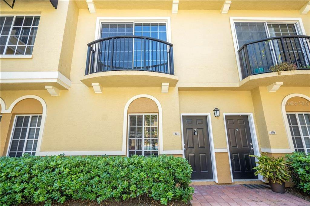 3. townhouses for Sale at 141 GRAND BEACH PLACE Tampa, Florida 33609 United States