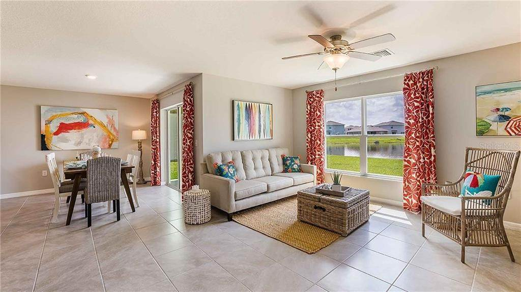 5. Single Family Homes for Sale at 1341 OCEAN SPRAY DRIVE NW Ruskin, Florida 33570 United States