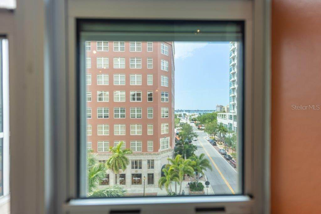 12. Condominiums for Sale at 1350 MAIN STREET 504 Sarasota, Florida 34236 United States