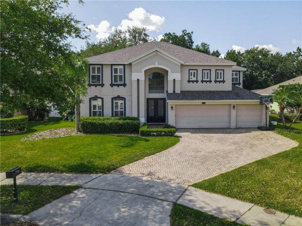 12. Single Family Homes for Sale at 13850 GLYNSHEL DRIVE Winter Garden, Florida 34787 United States