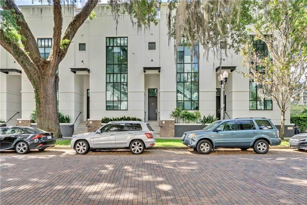 Condominiums for Sale at 460 E JACKSON STREET 2 Orlando, Florida 32801 United States