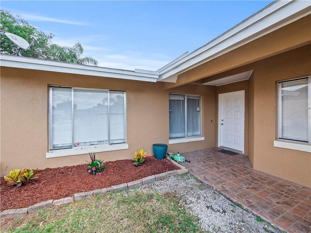 3. Single Family Homes for Sale at 11331 CARDIFF DRIVE Orlando, Florida 32837 United States