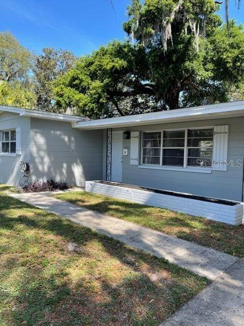 4. Single Family Homes for Sale at 1908 E CRENSHAW STREET Tampa, Florida 33610 United States