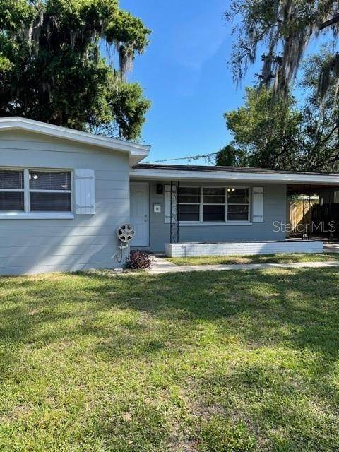 6. Single Family Homes for Sale at 1908 E CRENSHAW STREET Tampa, Florida 33610 United States