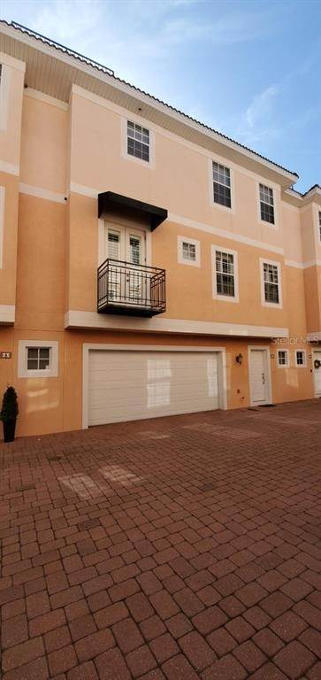 2. townhouses for Sale at 3025 W GROVEWOOD COURT B Tampa, Florida 33629 United States