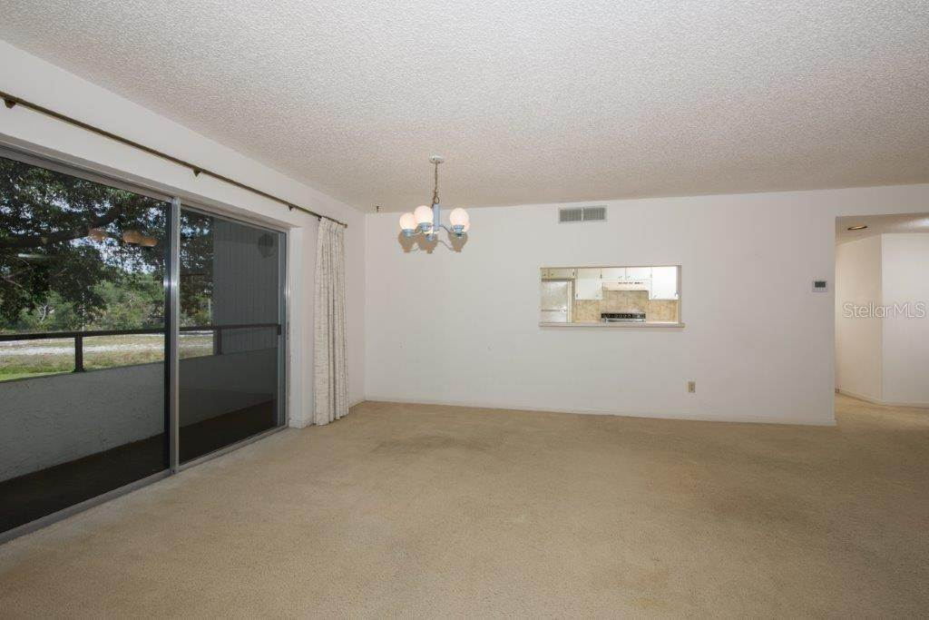 9. Condominiums for Sale at 2583 COUNTRYSIDE BOULEVARD 3201 Clearwater, Florida 33761 United States