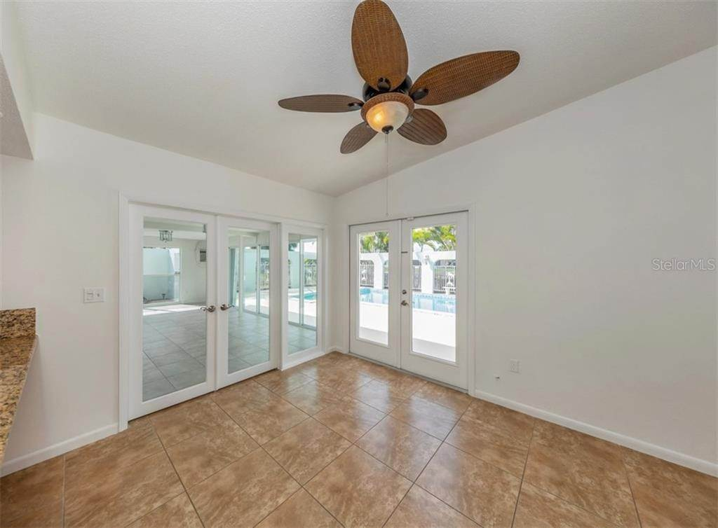 13. Single Family Homes for Sale at 21073 EDGEWATER DRIVE Port Charlotte, Florida 33952 United States