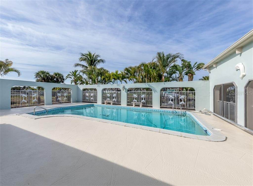 3. Single Family Homes for Sale at 21073 EDGEWATER DRIVE Port Charlotte, Florida 33952 United States
