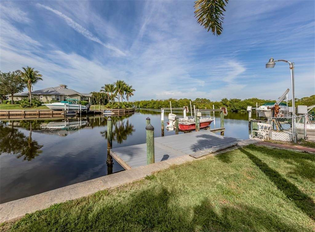 7. Single Family Homes for Sale at 21073 EDGEWATER DRIVE Port Charlotte, Florida 33952 United States