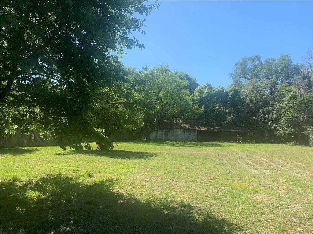 Land for Sale at 101 W GRIFFIN STREET Fruitland Park, Florida 34731 United States