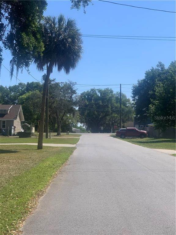 7. Land for Sale at 101 W GRIFFIN STREET Fruitland Park, Florida 34731 United States