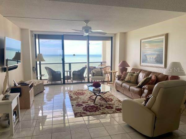 3. Condominiums at 450 S GULFVIEW BOULEVARD 1606 Clearwater, Florida 33767 United States