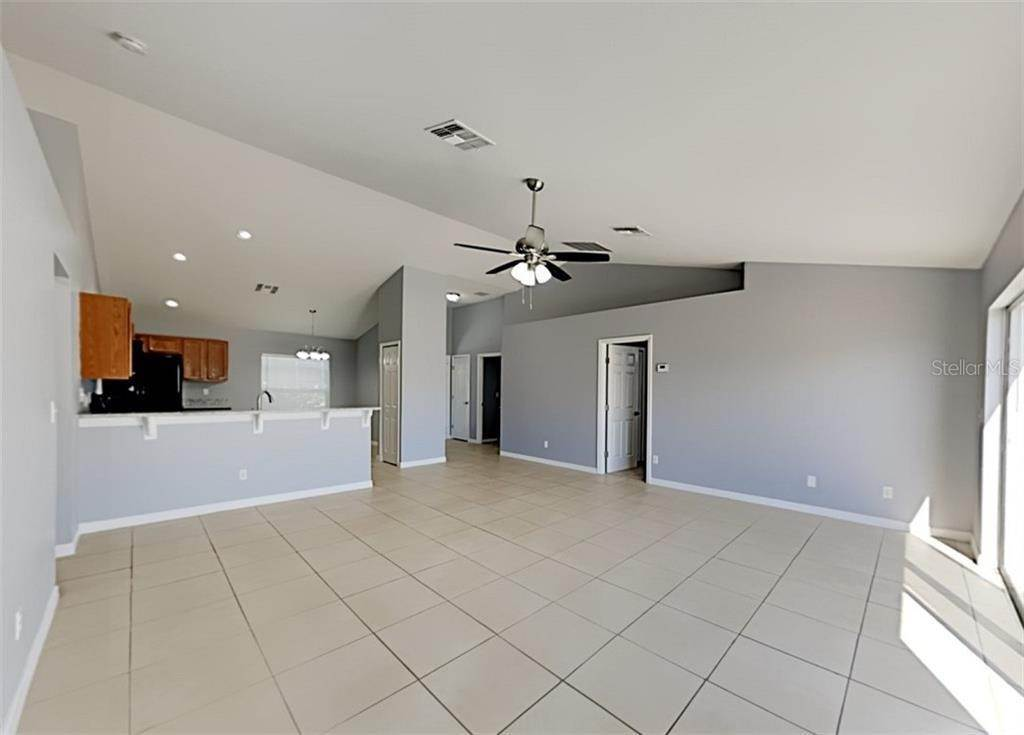 3. Single Family Homes at 4616 SANDHURST STREET Kissimmee, Florida 34758 United States