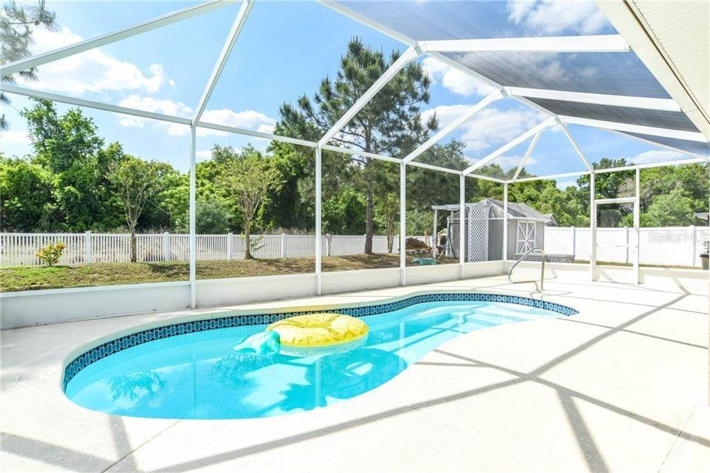 6. Single Family Homes for Sale at 1932 GRIFFINS GREEN DRIVE Bartow, Florida 33830 United States