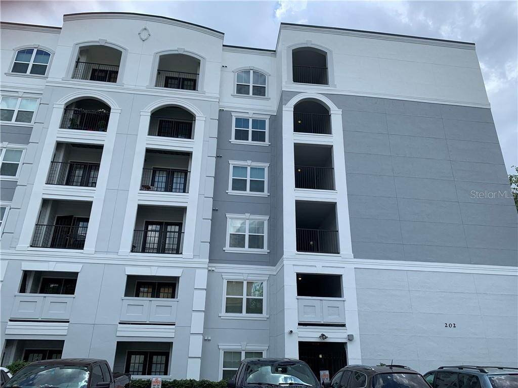 Condominiums for Sale at 202 E SOUTH STREET 6044 Orlando, Florida 32801 United States