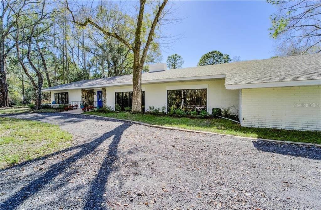 Single Family Homes for Sale at 27228 RAVENS BROOK ROAD Wesley Chapel, Florida 33544 United States