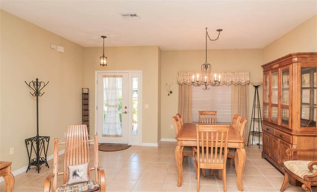 13. Single Family Homes for Sale at 4425 TURNBERRY LANE Lake Wales, Florida 33859 United States