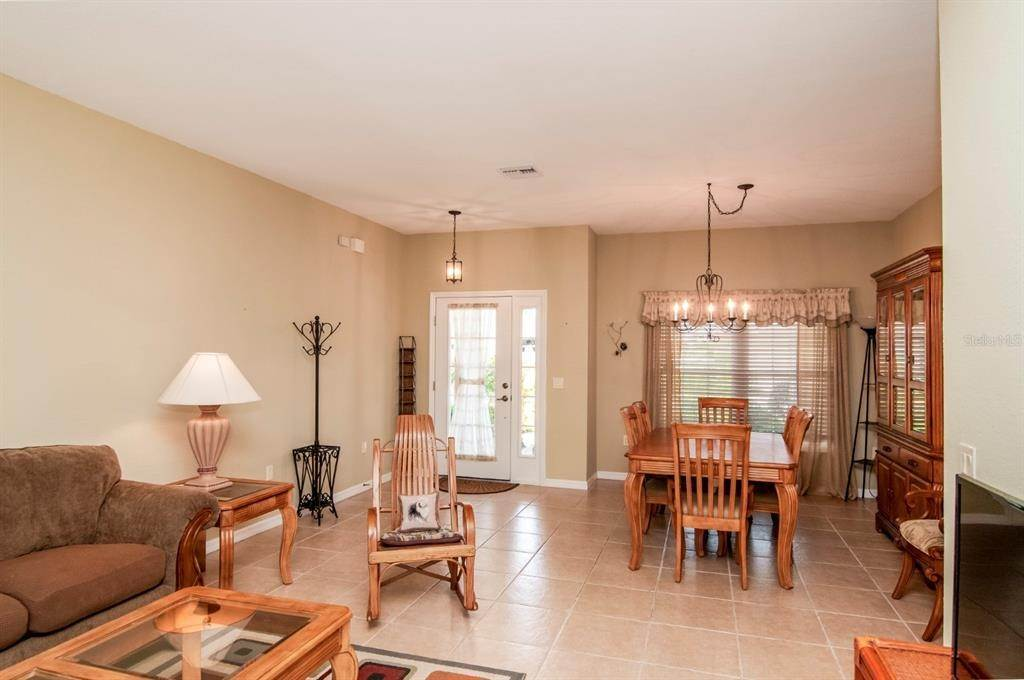 14. Single Family Homes for Sale at 4425 TURNBERRY LANE Lake Wales, Florida 33859 United States