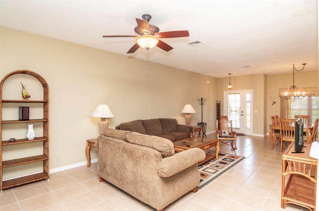 16. Single Family Homes for Sale at 4425 TURNBERRY LANE Lake Wales, Florida 33859 United States