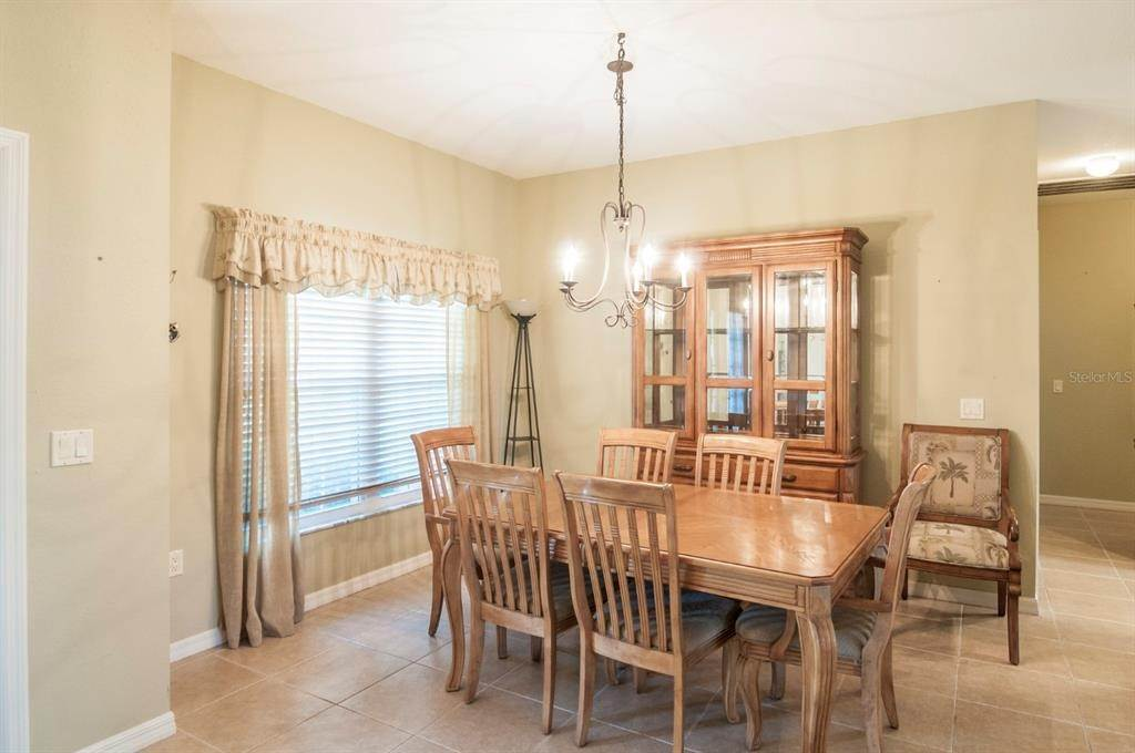 18. Single Family Homes for Sale at 4425 TURNBERRY LANE Lake Wales, Florida 33859 United States
