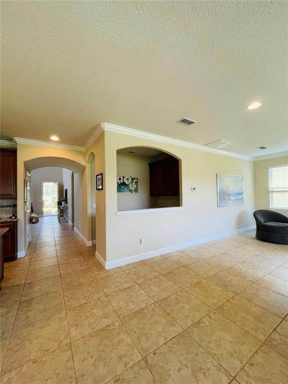 10. Single Family Homes for Sale at 11902 XENIA LANE Orlando, Florida 32827 United States