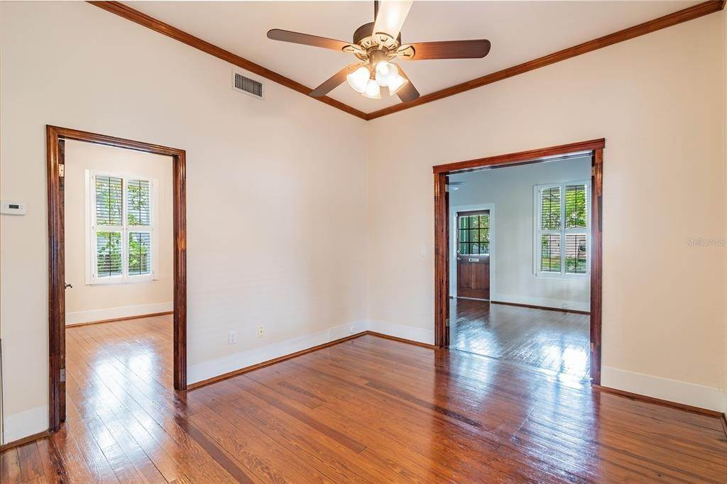 12. Single Family Homes for Sale at 310 S ELM AVENUE Sanford, Florida 32771 United States