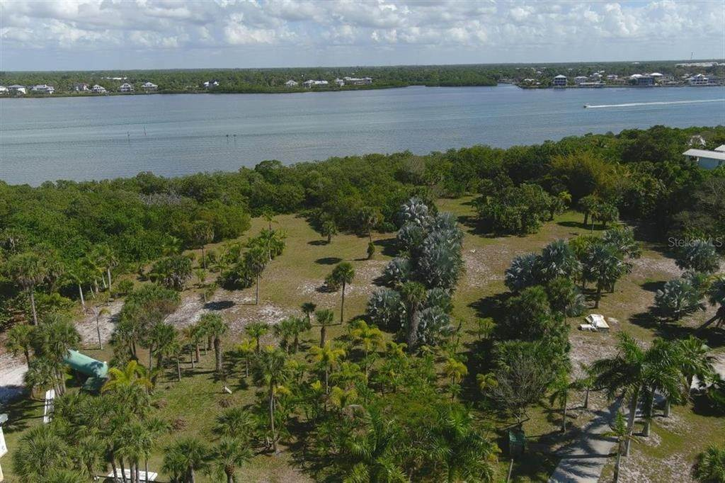 4. Land for Sale at 10440 SUNNY DREAMS TERRACE Placida, Florida 33946 United States