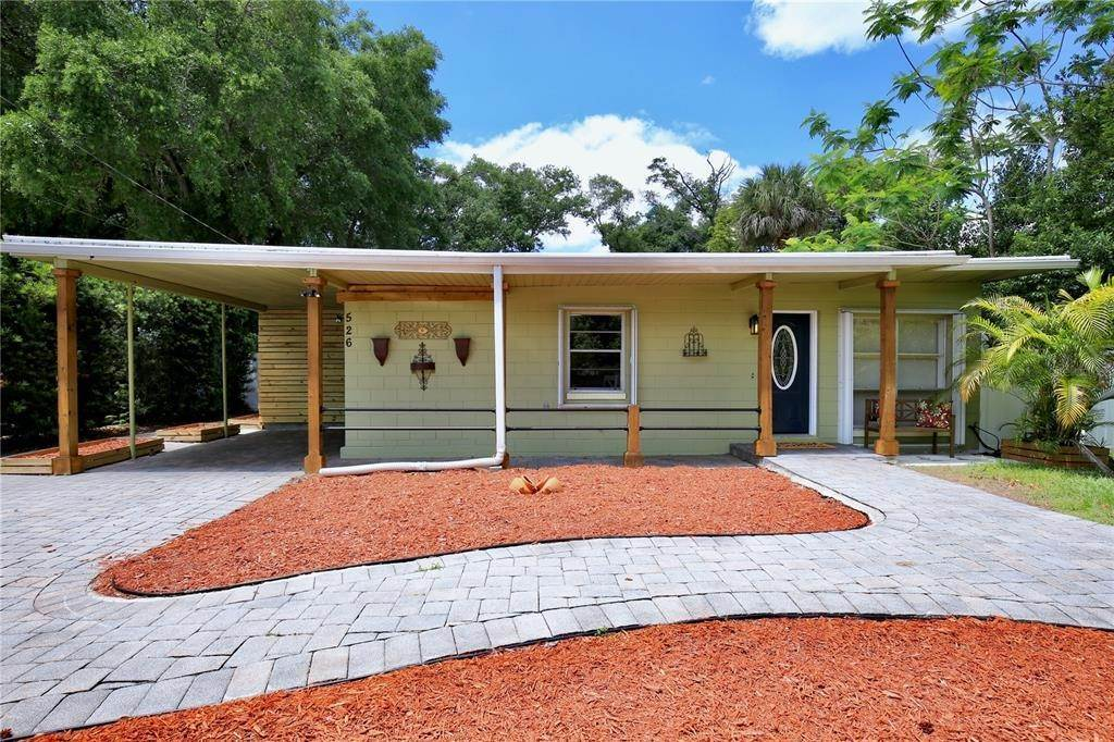 Single Family Homes for Sale at 526 S CRYSTAL LAKE DRIVE Orlando, Florida 32803 United States