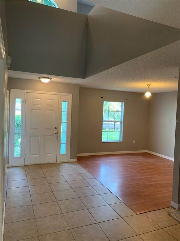4. Single Family Homes for Sale at 6199 APPLEGATE DRIVE Spring Hill, Florida 34606 United States