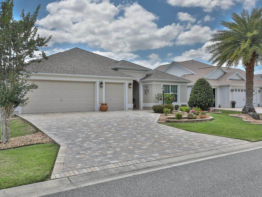 2. Single Family Homes for Sale at 2096 ODESSA CIRCLE The Villages, Florida 32162 United States