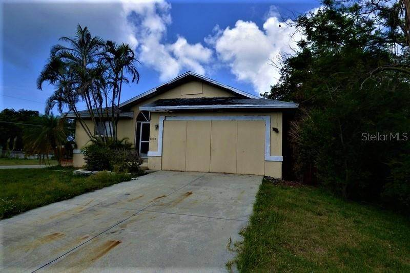6. Single Family Homes for Sale at 5090 CARYL ROAD Venice, Florida 34293 United States