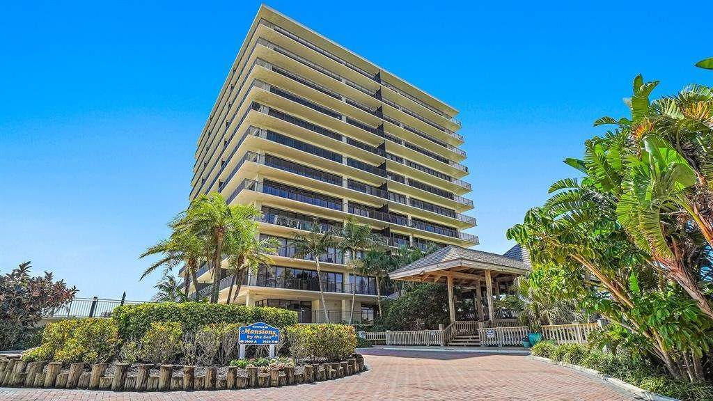 Condominiums for Sale at 7650 BAYSHORE DRIVE 1105 & 1106 Treasure Island, Florida 33706 United States