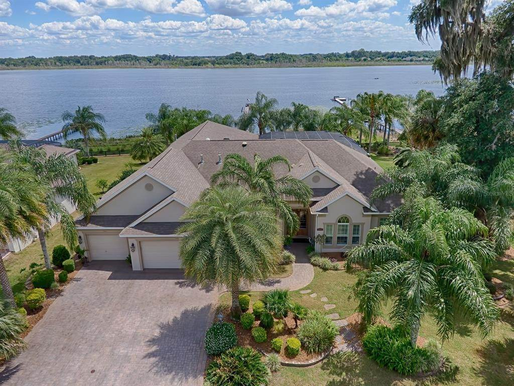 Single Family Homes for Sale at 2292 CLEARWATER RUN N The Villages, Florida 32162 United States