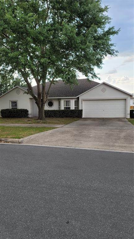 Single Family Homes en 1555 MUIR CIRCLE Clermont, Florida 34711 Estados Unidos