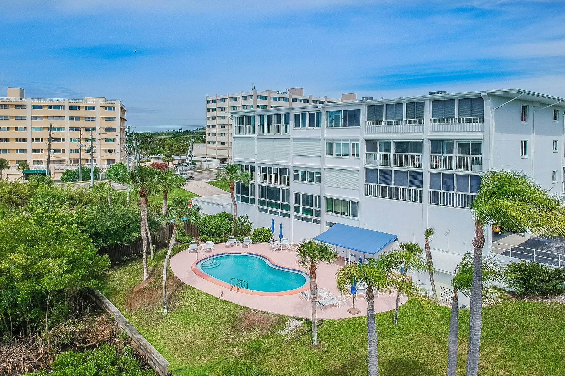 Condominiums for Sale at 50 Harbor View Ln , 31 Belleair Bluffs, Florida 33770 United States
