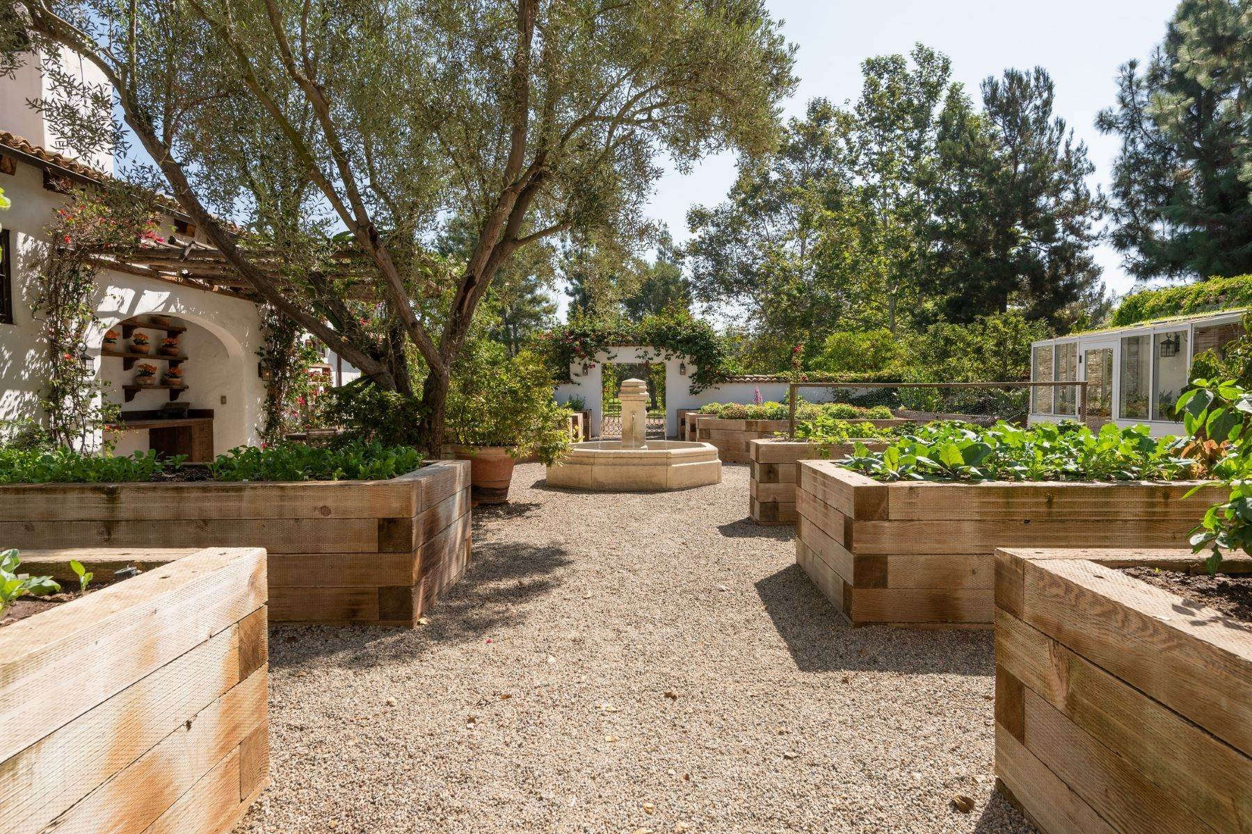 19. Farm and Ranch Properties for Sale at 16401 Calle Feliz, Rancho Santa Fe, Ca, 92067 16401 Calle Feliz Rancho Santa Fe, California 92067 United States