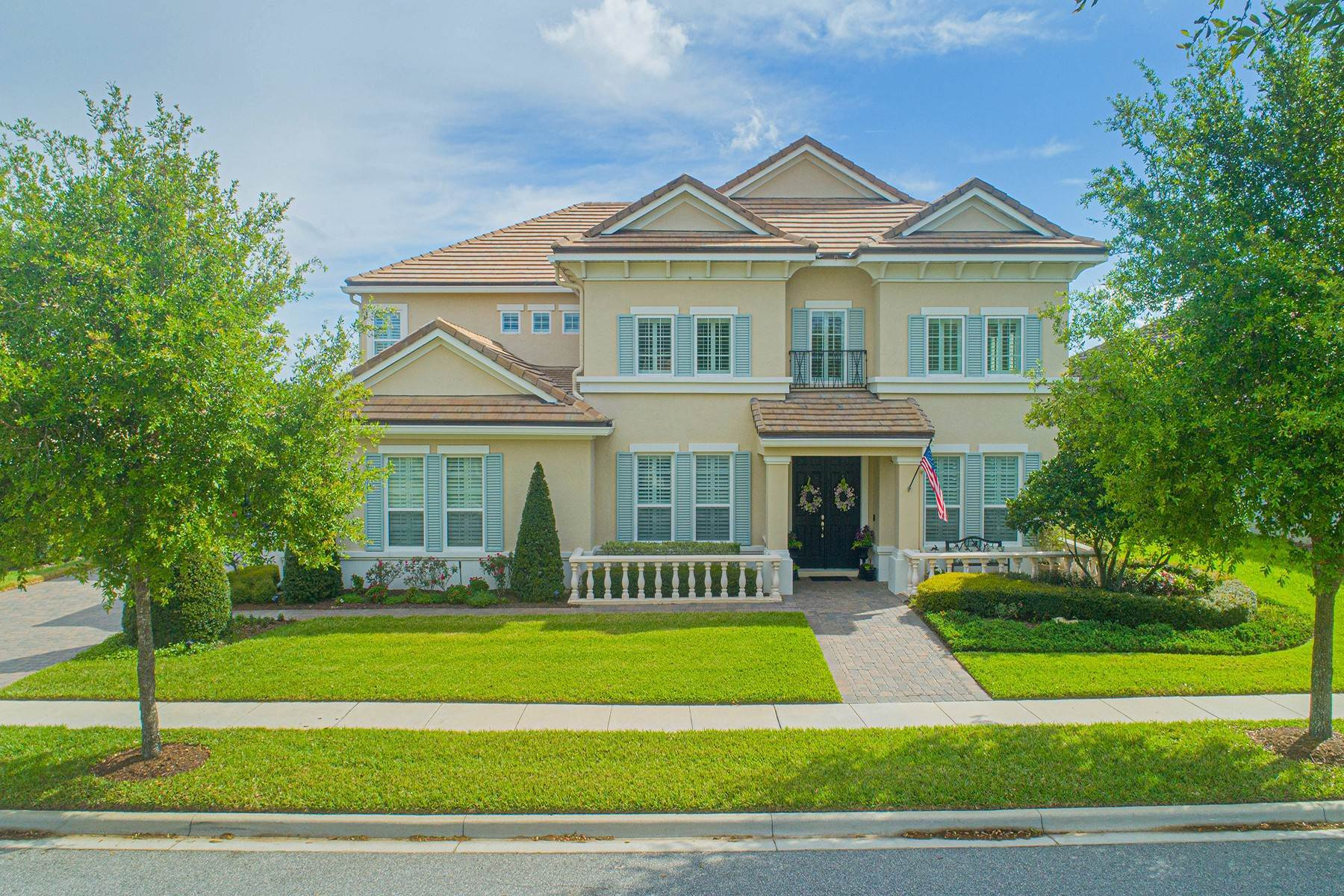 Single Family Homes for Sale at WINTER GARDEN 7549 Green Mountain Way Winter Garden, Florida 34787 United States
