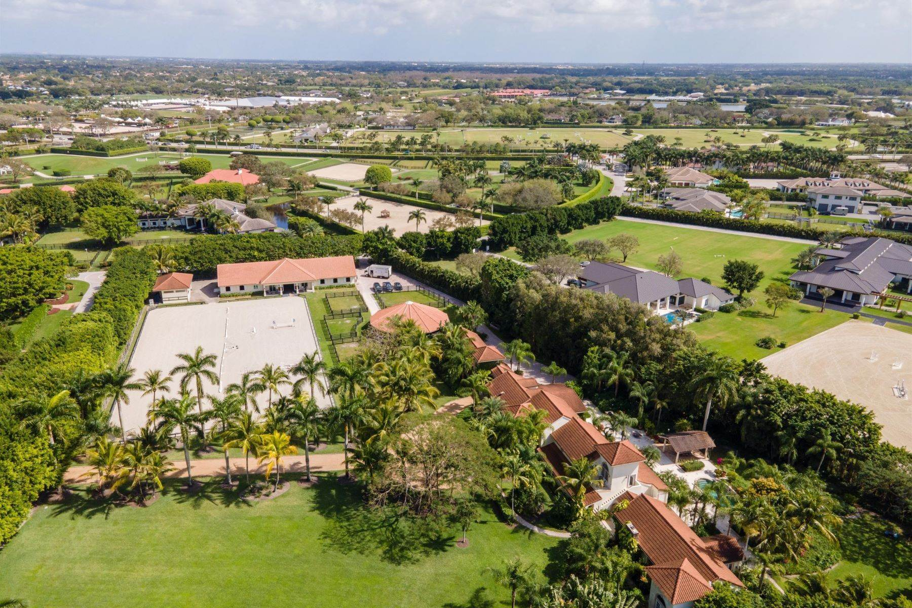 Farm and Ranch Properties por un Venta en 13808 Fairlane Court, Wellington, FL 33414 13808 Fairlane Court Wellington, Florida 33414 Estados Unidos