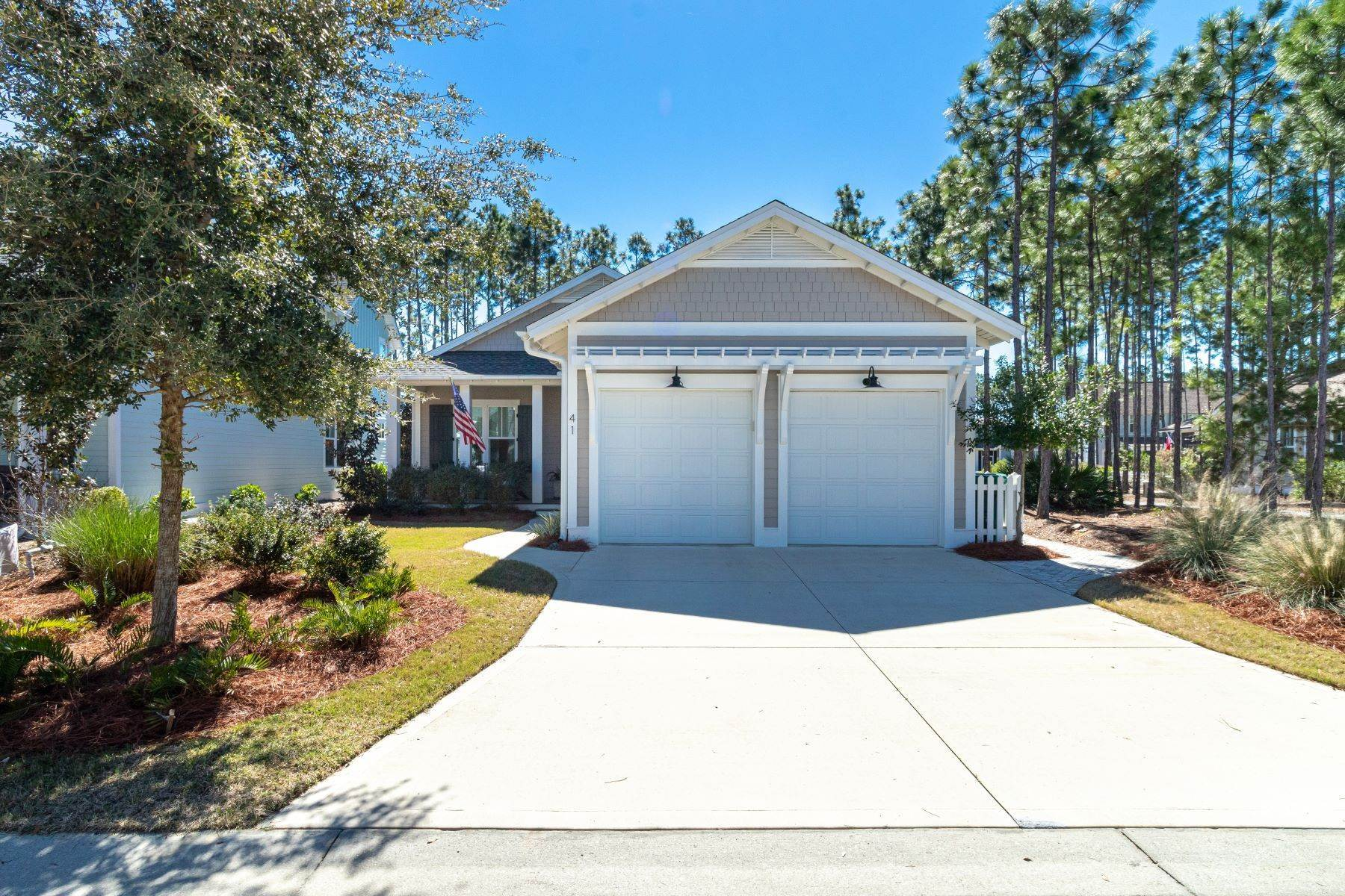 Single Family Homes for Sale at Lovely Open Concept Cottage in Watersound Origins 41 Cannonball Lane Inlet Beach, Florida 32461 United States