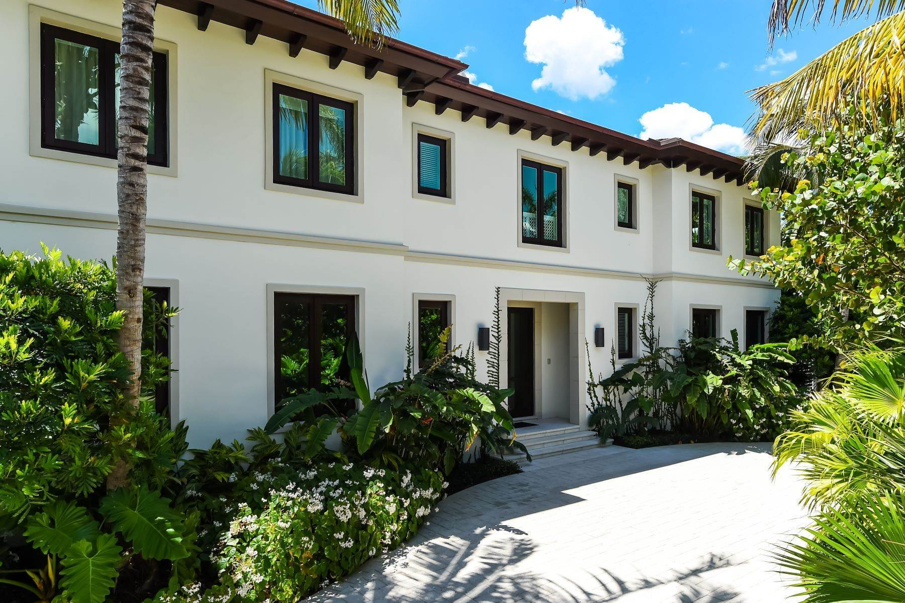 Single Family Homes for Sale at Gracious and Serene Living 250 Palmo Way Palm Beach, Florida 33480 United States
